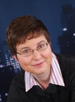 Dr. Natalija van Well