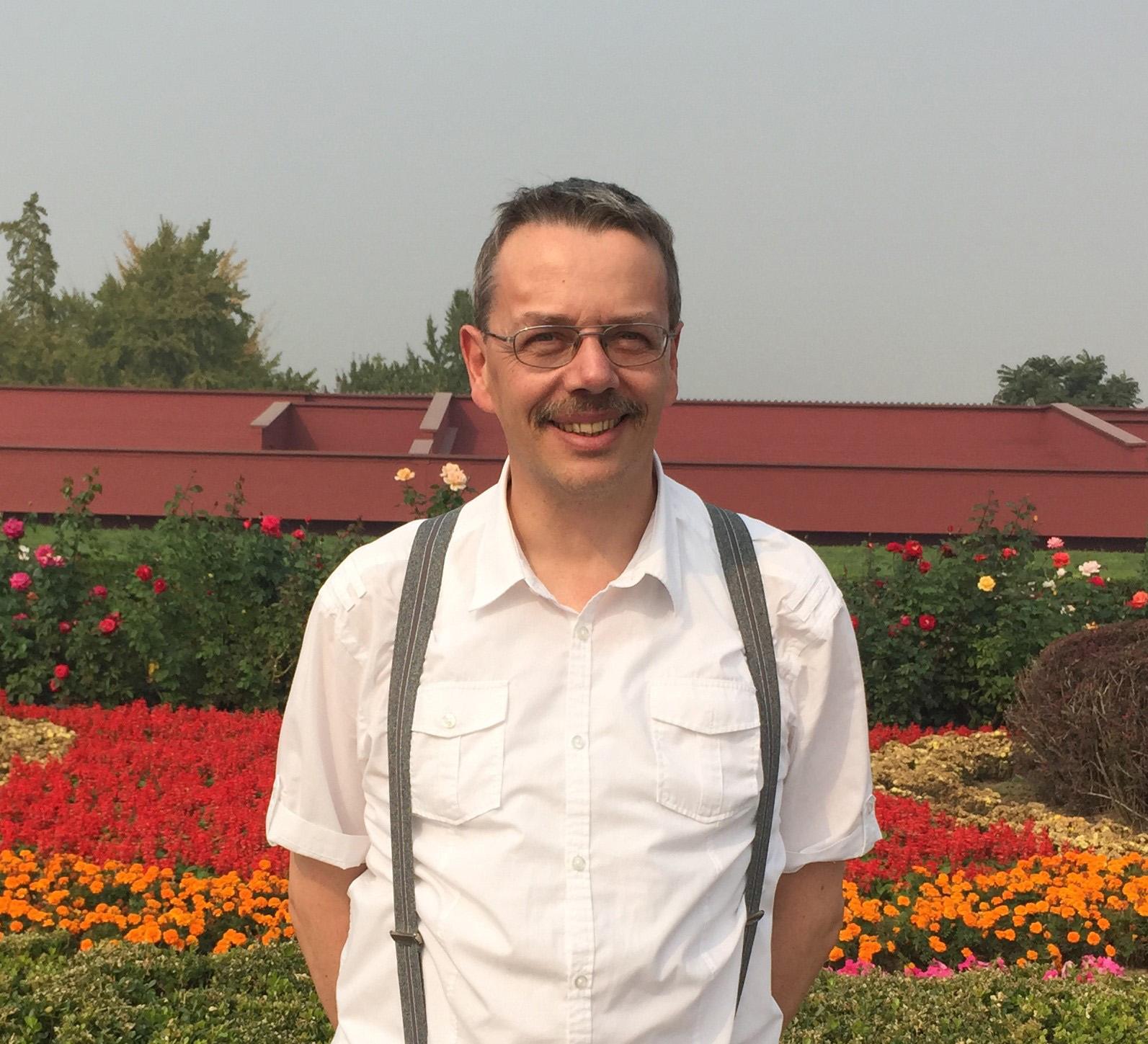 apl. Prof. Dr. Harald Löwe